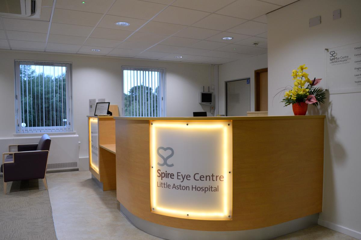cataract surgery at spire eye centre